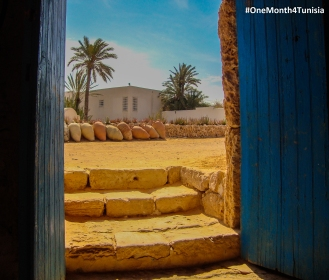 #Post1 #OneMonth4Tunisia الأرض أرضي، وتراب أجدادي... I am and will be from my homeland to my homeland, And both of them boil in my love. Place: Djerba | Achraf Aouadi ©